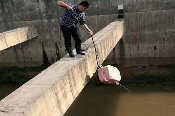 河道氨氮监测安装现场